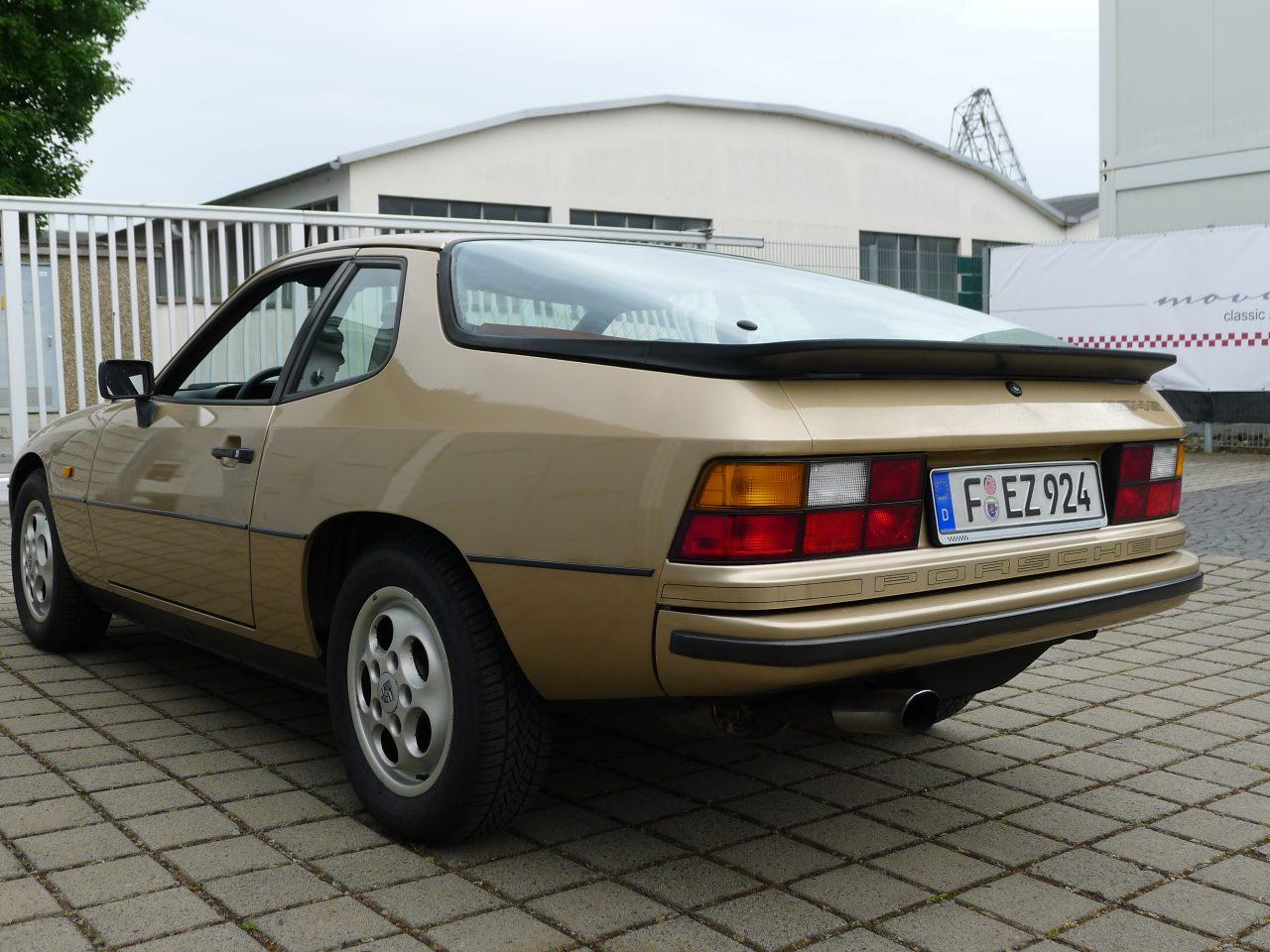 Porsche 924 S Automatik 171 Movisti Classic Automobiles